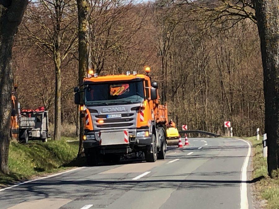 2.Foto: Ausbesserung der Straßenschäden durch Straßen-NRW vor einigen Tagen.